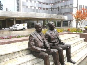 Bronze statues of doctors Will and Charlie Mayo outside the Gonda Building in Rochester, MN