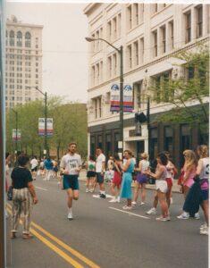 Malcolm Logan in the Chicago Marathon 1992