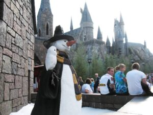 A snowman and a white owl at Harry Potter's Wizarding World